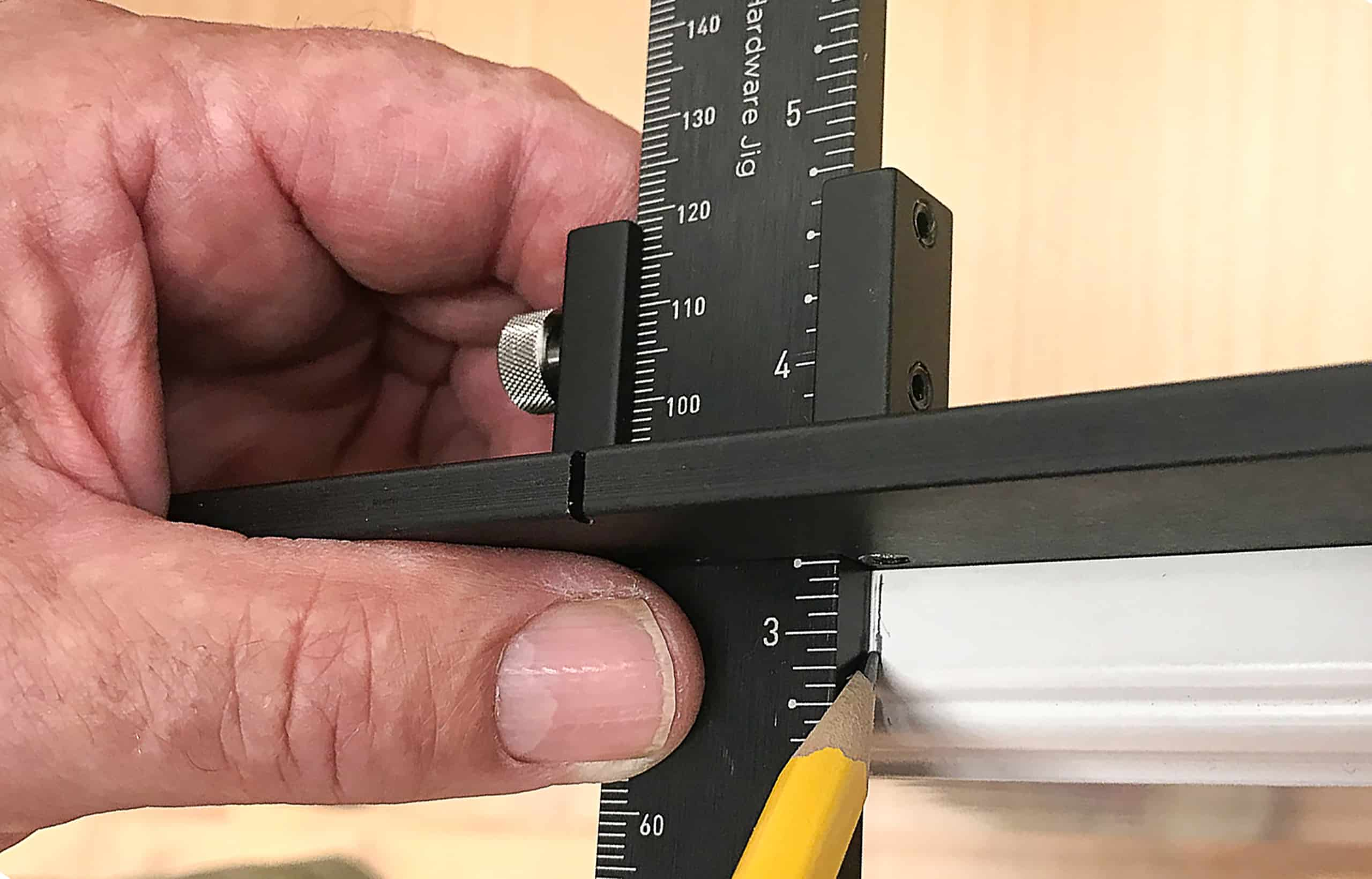 tp1934 cabinet hardware jig mark center drawer front